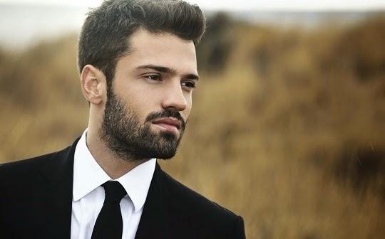 греческий актер Konstantinos Argiros