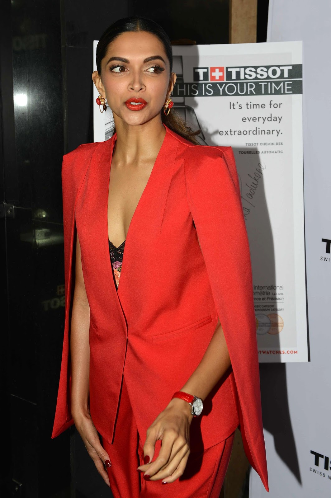Actress Deepika Padukone Latest Event Gallery - Gethu Cinema