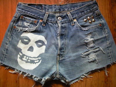 diy-punk-horror-szorty-levis-gothic