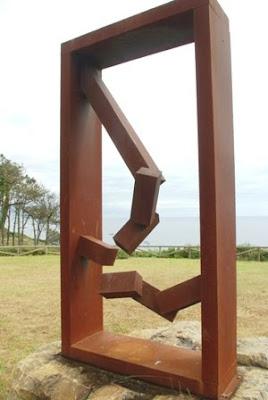 playa de Cambaredo, escultura