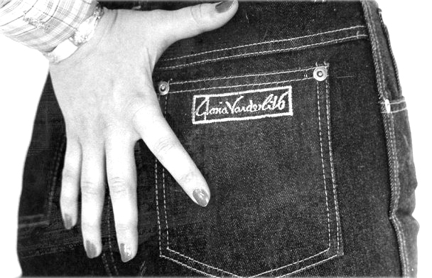 Gloria Vanderbilt jeans ad / fashioned by love