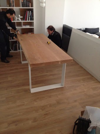 Ilia estudio interiorismo mesa de madera maciza con patas - Mesa madera hierro ...