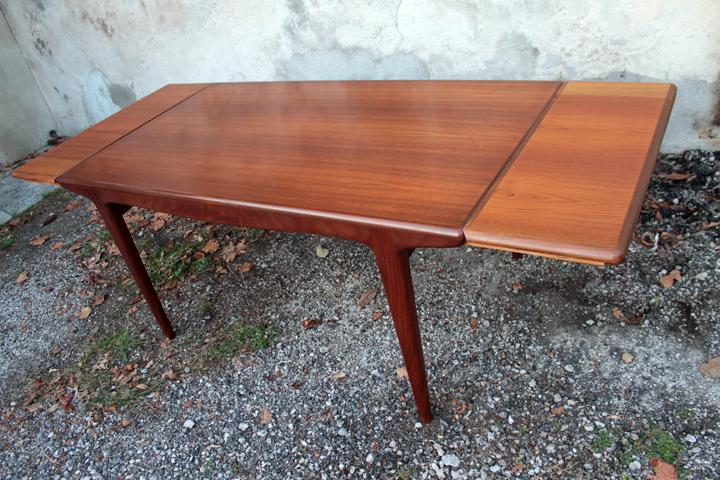 chicbaazar objets vintage 50 60 70 table scandinave teck brun 1960 vintage ralonges. Black Bedroom Furniture Sets. Home Design Ideas