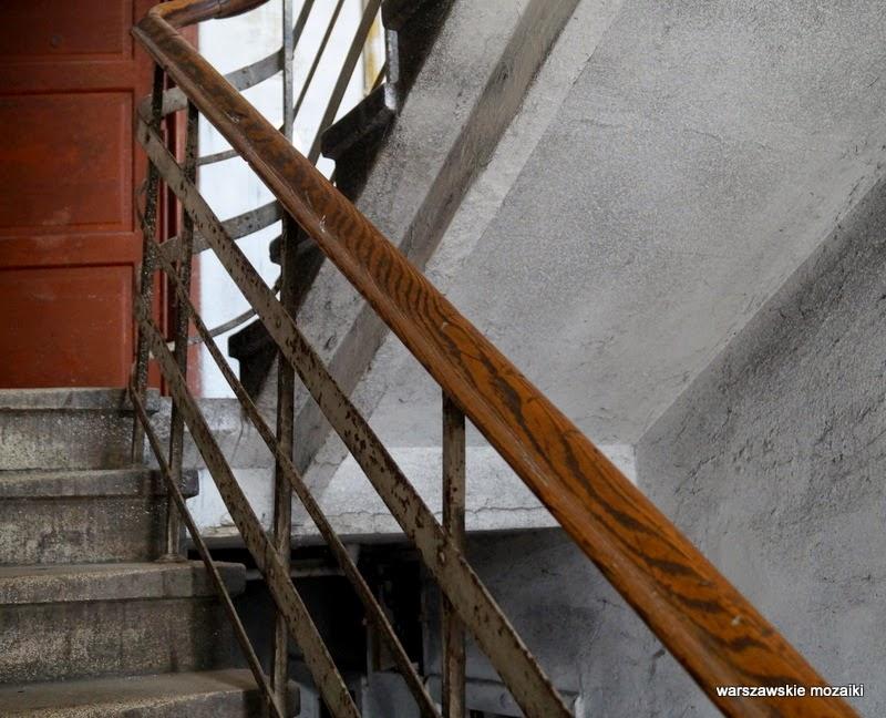 Warszawa Szmulowizna Praga Północ kamienice zabytek ulica schody klatka schodowa
