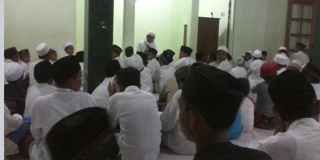 1 Muharram, Ratusan siswa Madrasah di Ngrejeng Gelar Istighosah.
