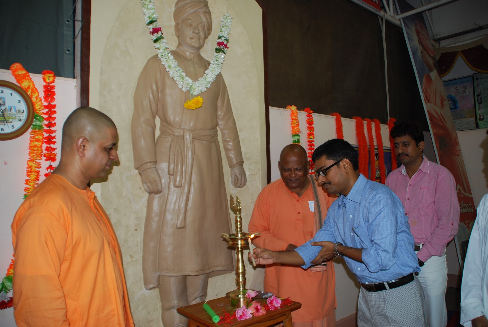 essay on 150th birth anniversary of swami vivekananda in bengali The 150th birth anniversary of swami vivekananda was celebrated throughout the year all over india on january 12 swami vivekananda is a bilingual (bengali and hindi) four postage stamps released on swami vivekananda's 150th birth anniversary.