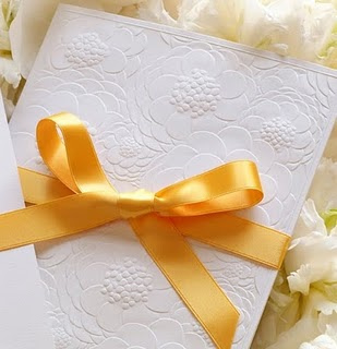 how to select best wedding card