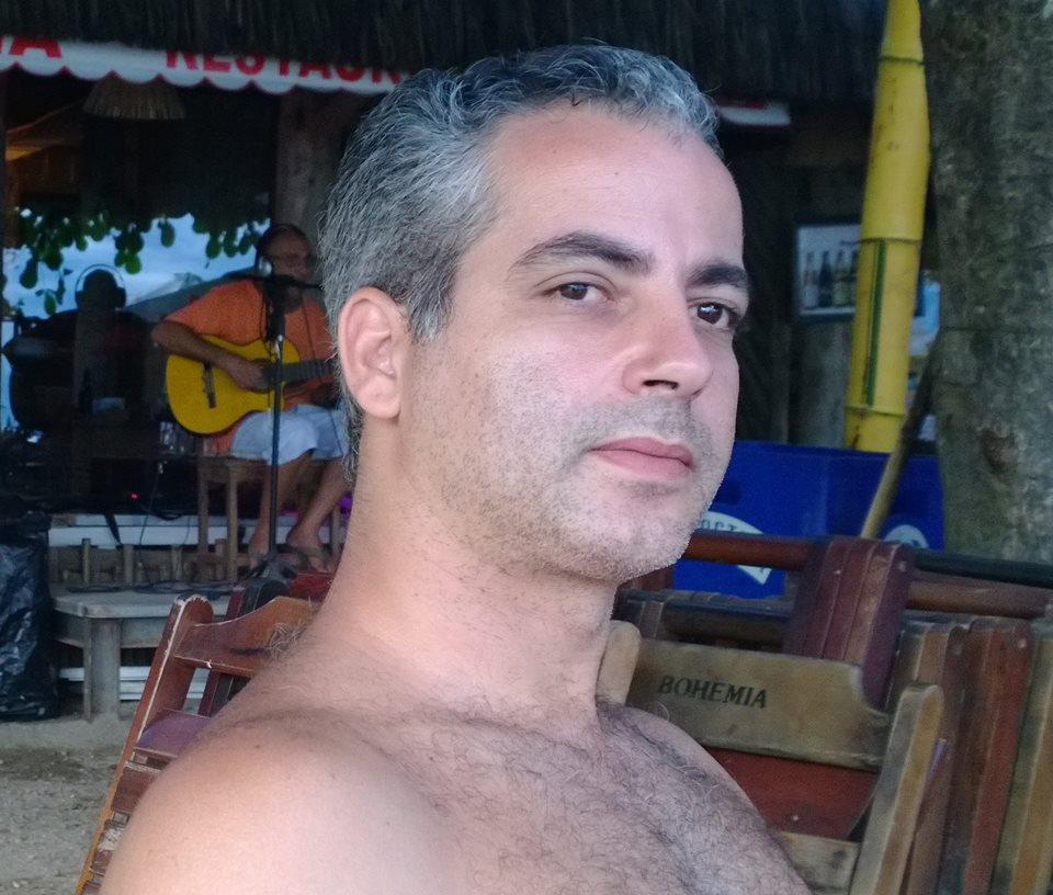 MEG ESTAVA SOFRENDO COM SAUDADE DO HUMBERTO.