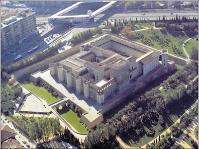 Zaragoza turismo, Palacio de la Aljafería