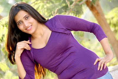 Riya latest hot and spicy pictures