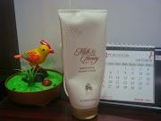 Milk & Honey Gold Moisturising Shower Cream