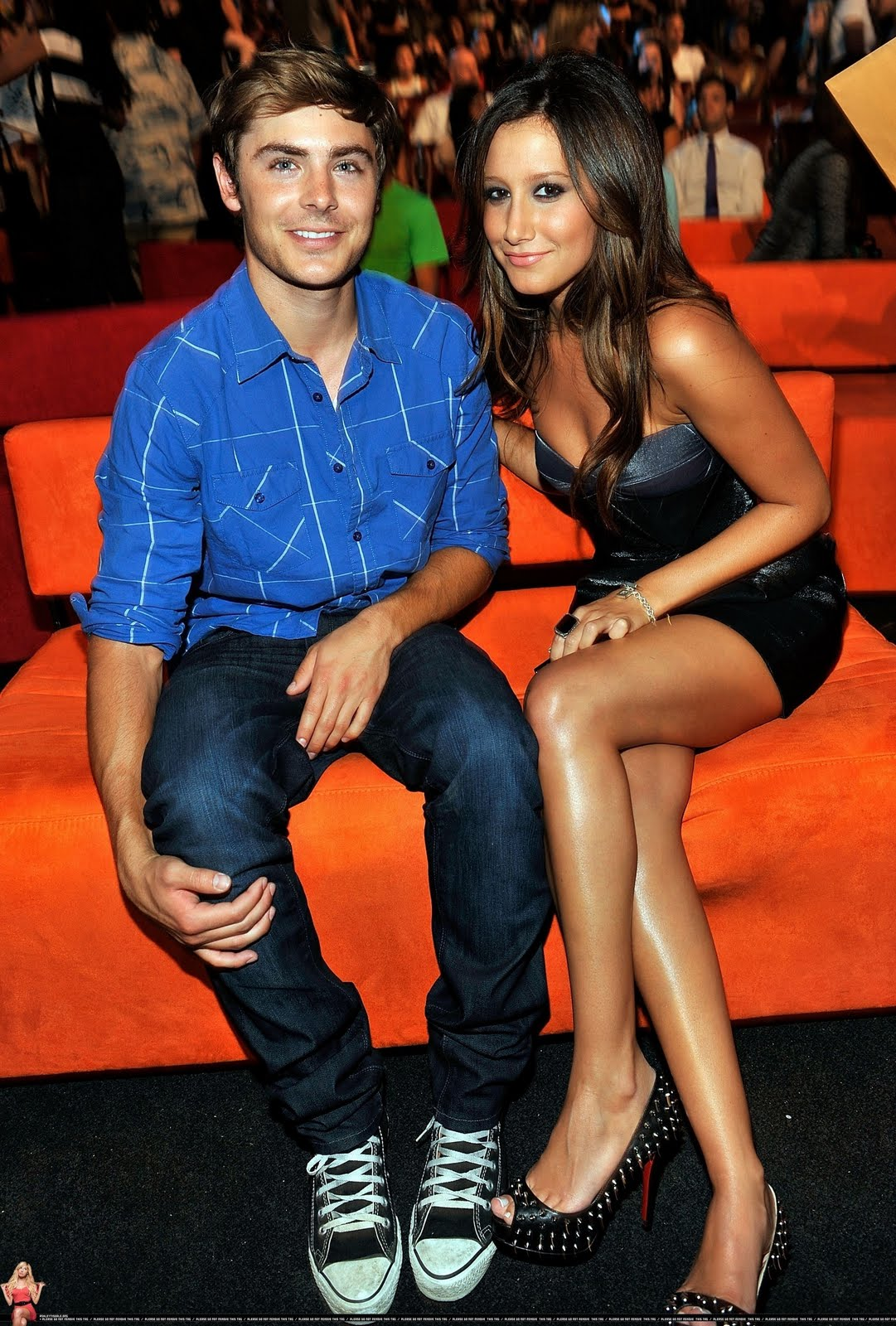 http://4.bp.blogspot.com/-8fzLuSkbKx4/TbdXOYHZtQI/AAAAAAAAAgk/jsm1JotzZsQ/s1600/Teen-Choice-Awards-zac-efron-and-ashley-tisdale-7587580-1730-2560%255B1%255D.jpg