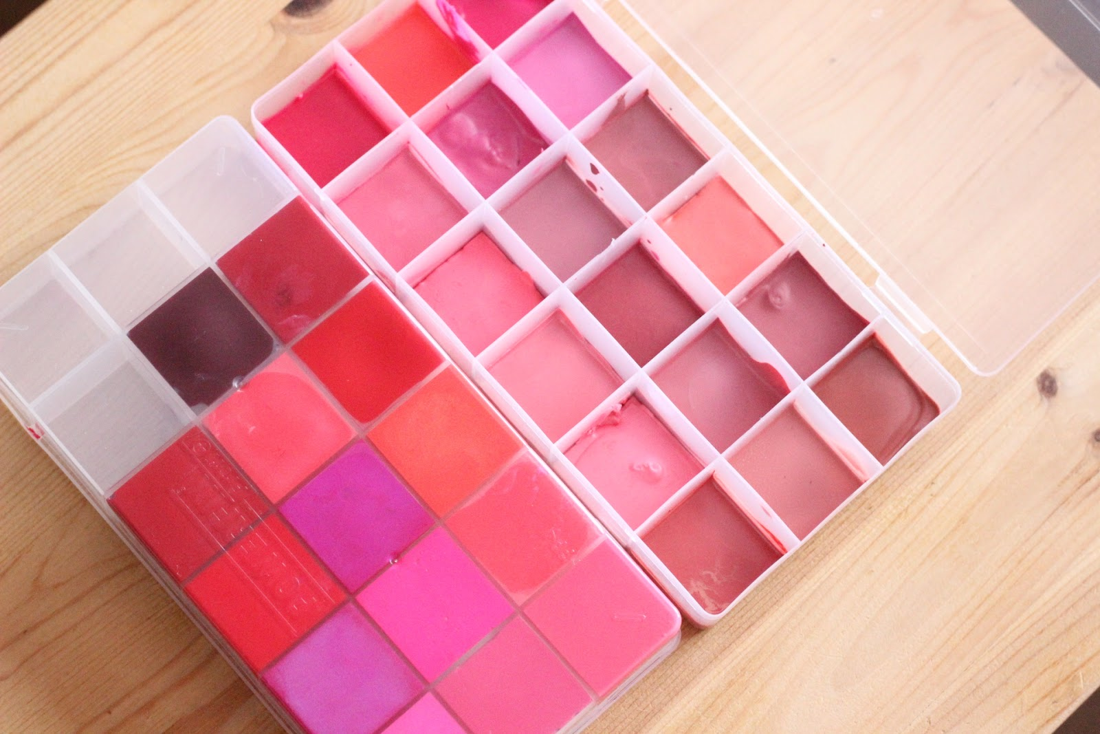 diy lip palette holder