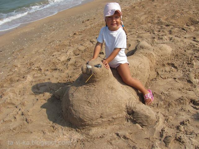 скульптура из песка морж
