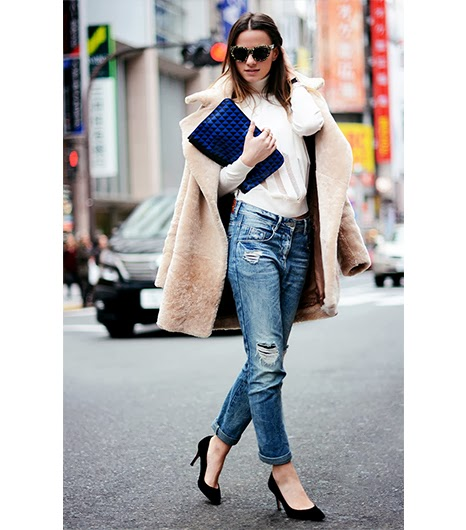 ripped jeans and oversize coat