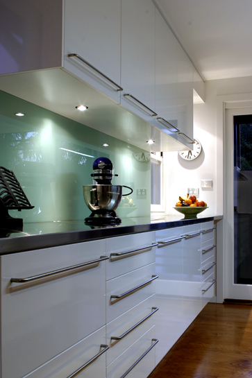 Splash With Your Kitchen Splashback Decorating Trends