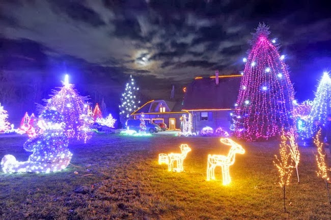 Хорватский инженер Златко Салай украсил свой дом миллионом огней, подарив соседским ребятишкам настоящую сказку.