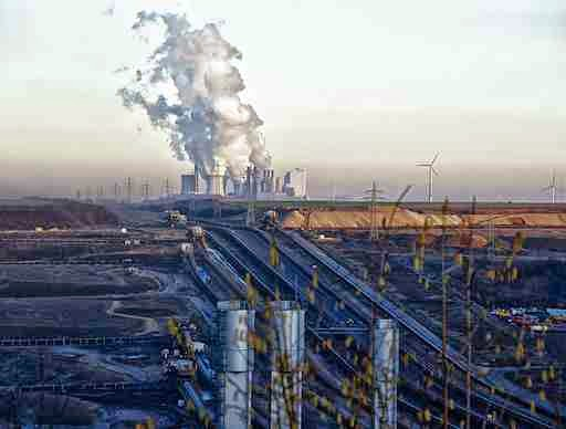 Neurath coal-fired plant, in Germany, is one of Europe's worst polluters. (Credit: Bert Kaufmann via Wikimedia Commons) Click to enlarge.