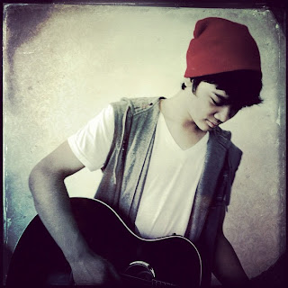 Kunci gitar Mikha Angelo - Love of My Life