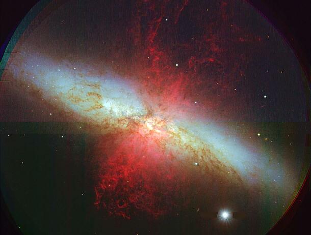 Galáxia M82. Constelação Ursa Maior.