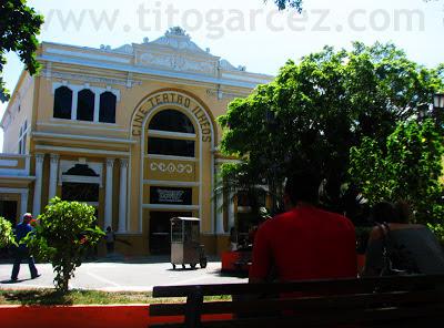 Cine Teatro Ilhéos, que ainda funciona como teatro, em Ilhéus - Bahia