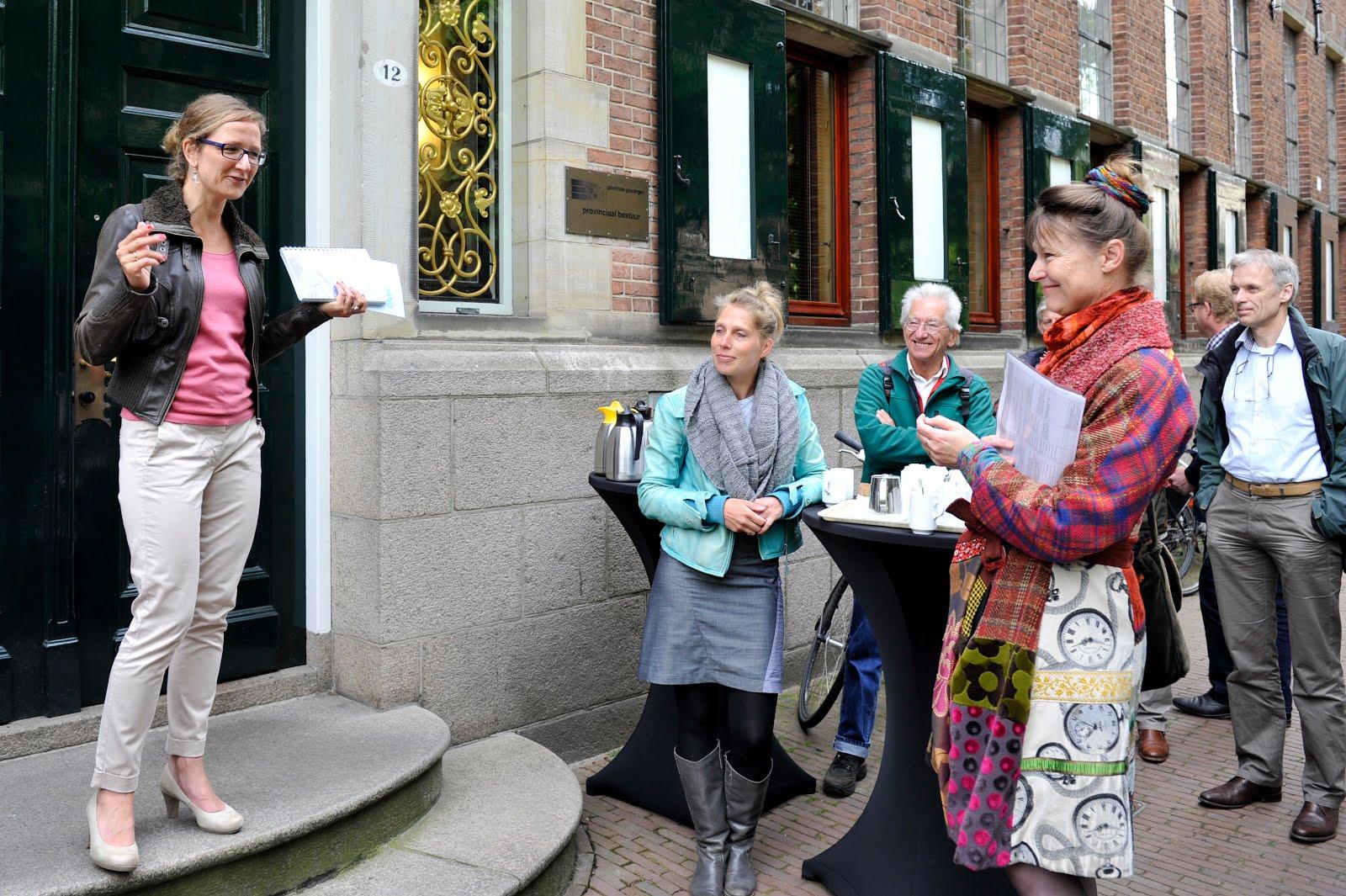 Start Klimaattour Urgenda op stoep provinciehuis