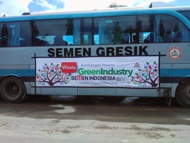 Bis Rombongan Pertama Wisata Green Industri Semen Indonesia
