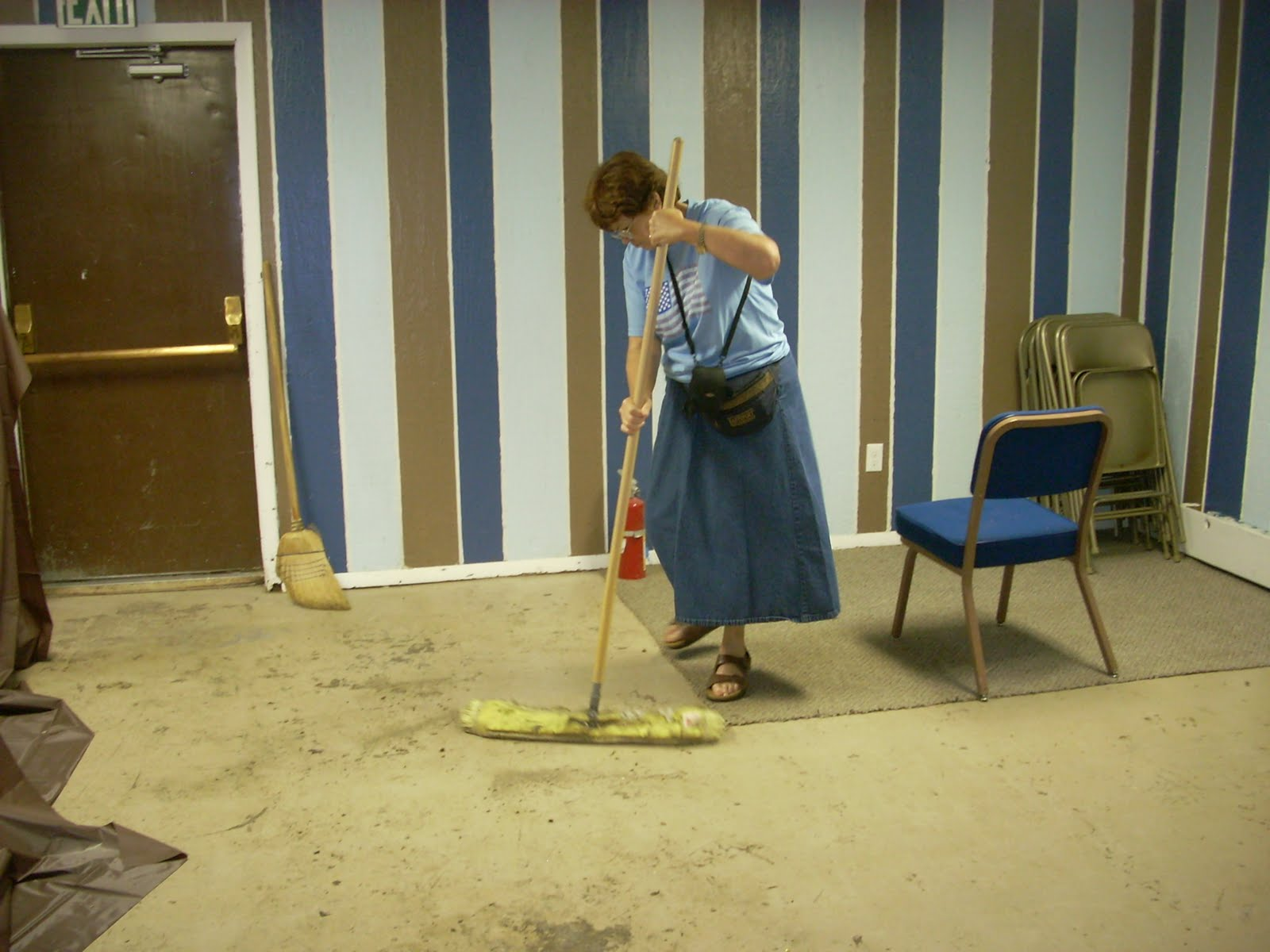 church cleaning jobs