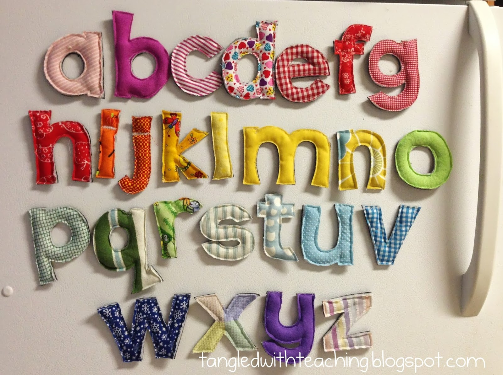 abc a plush magnetic alphabet crafty tutorial