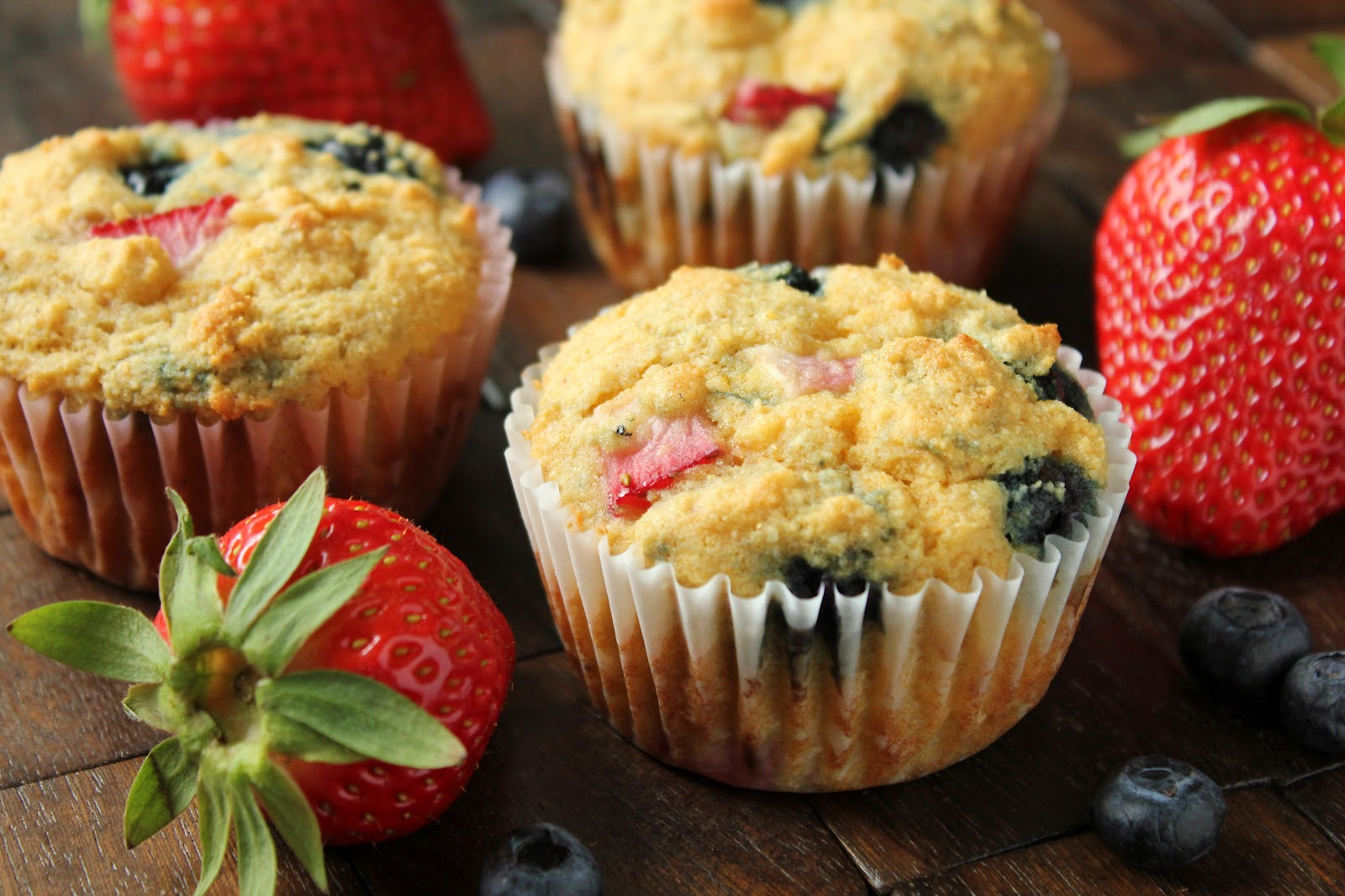 Delicious as it Looks: Gluten-Free Maple Berry Corn Muffins