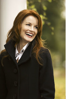 Laura Leighton iPhone Wallpapers