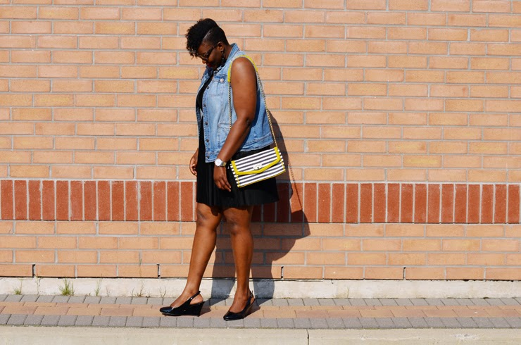 How to wear a denim vest: plus size fashion
