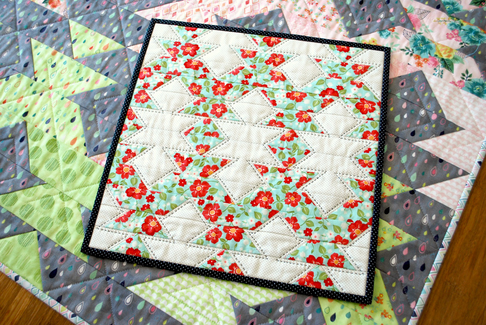 New Quilt Patterns For 2015 : Hope s Quilt Designs: New Leaf - A New Pattern