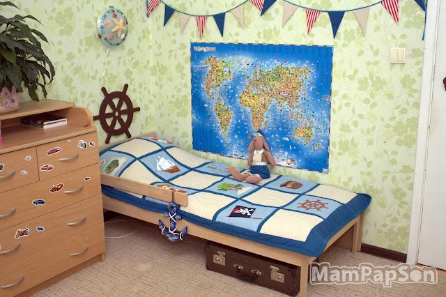 Детская кроватка в морском стиле