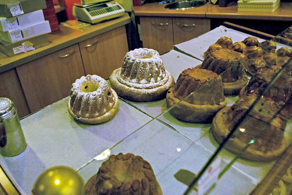 bunt cakes in colmar