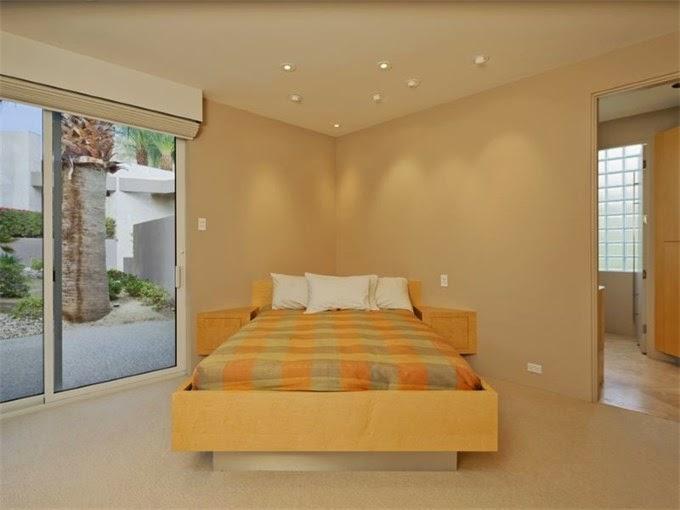 Serendipitylands fascinante y minimalista casa en for Casa minimalista uy
