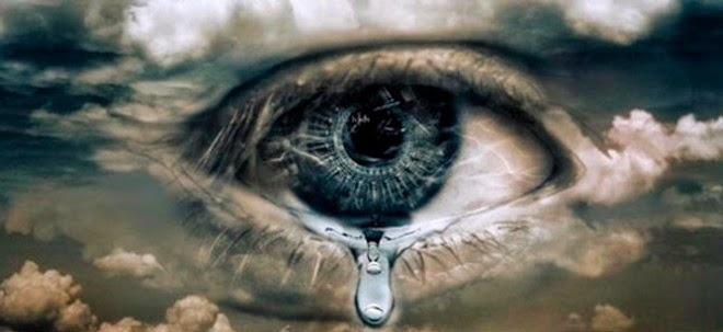 Looking At Tears Under A Microscope Reveals An Amazing Fact