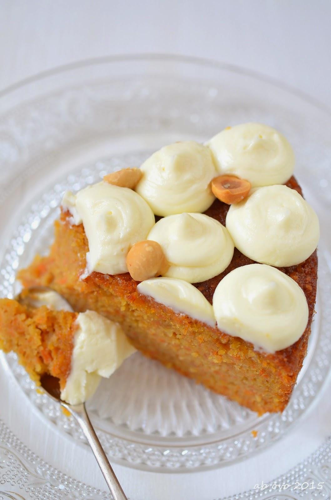 Torta-di-carote-e-nocciole-Carrot-cake