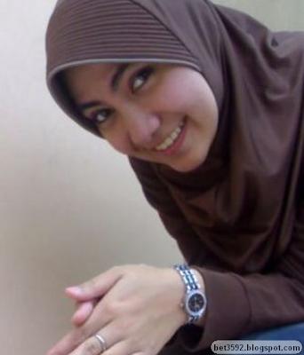 Porno Hot Jilbab ngentot gaya belakang