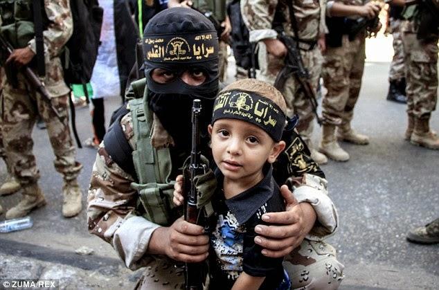 EUROPA ISLÂMICA: ISIS ABRE ESCOLAS DE LÍNGUA INGLESA PARA ESPALHAR A JIHAD