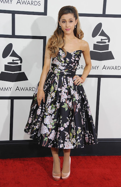 Vestidos de fiesta de Ariana Grande