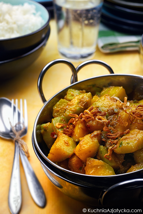 Dynia kabocha smażona w aromatycznej paście © KuchniaAzjatycka.com
