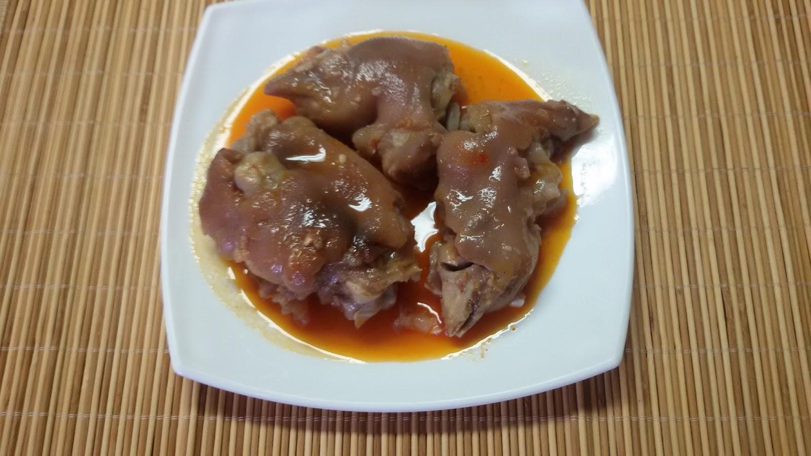 Las recetas de pepe faciles y baratas manos de cerdo una for Como cocinar manos de cerdo