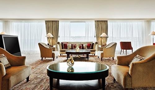 1. Royal Penthouse Suite (President Wilson Hotel, Geneva)
