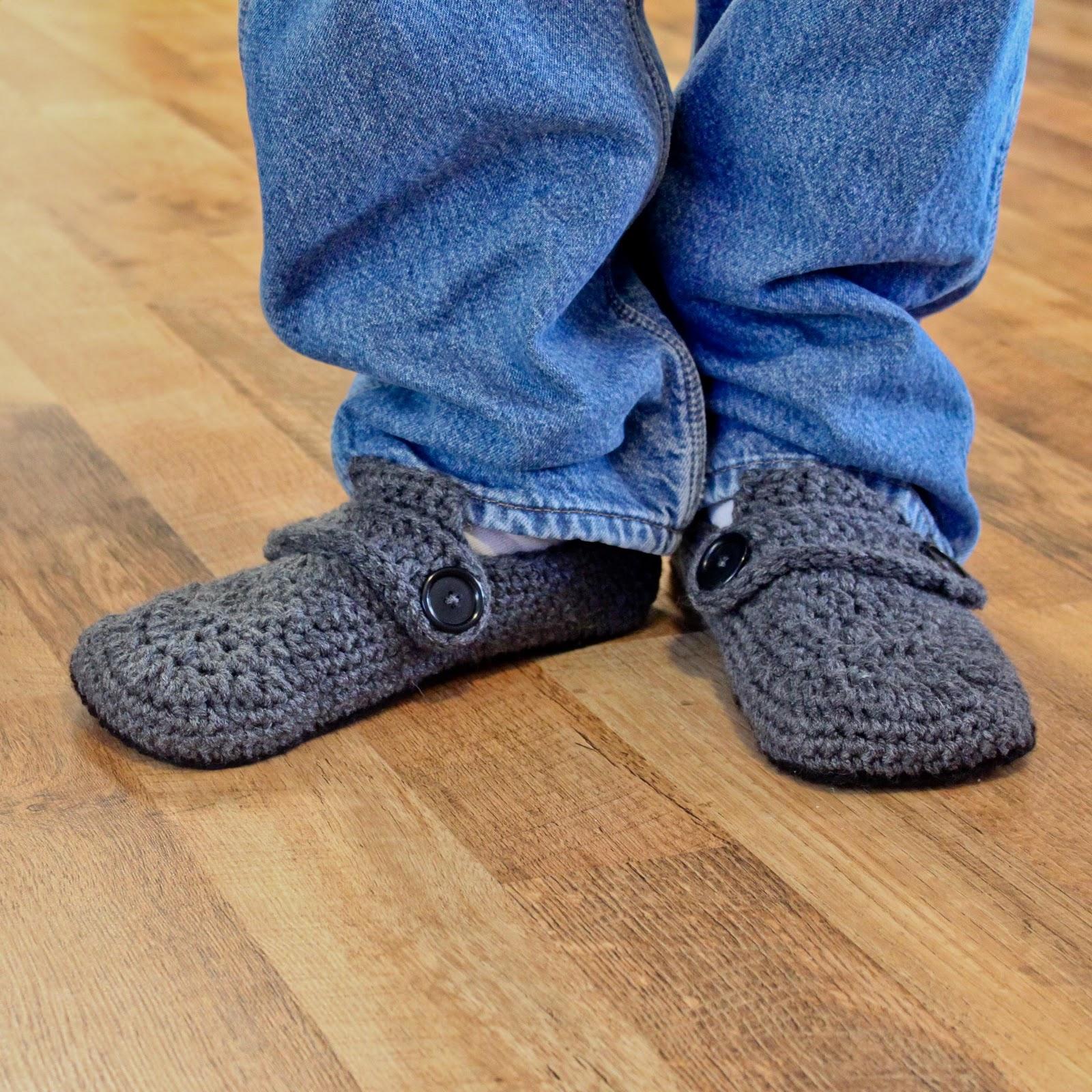 Opa Slippers - Newest crochet Pattern - mamacheemamachee