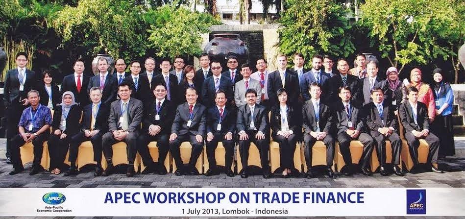 Economia y Politica de Asia