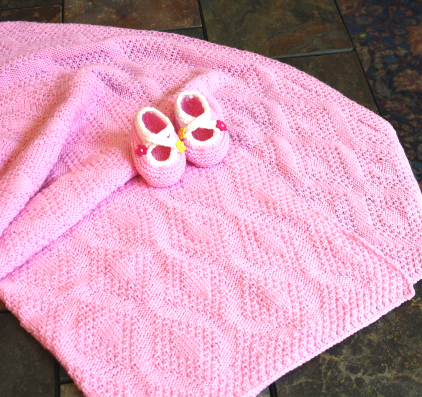 Baby Girl Blanket Knitting Patterns : All Knitted Lace: A year of Babies (and baby blankets)