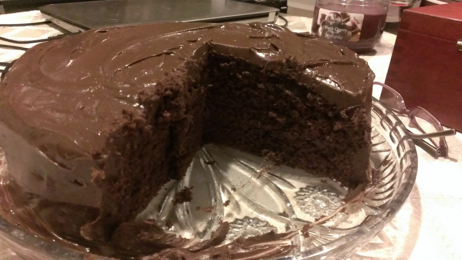 A Tale of 2 Foodies: Chocolate Cake