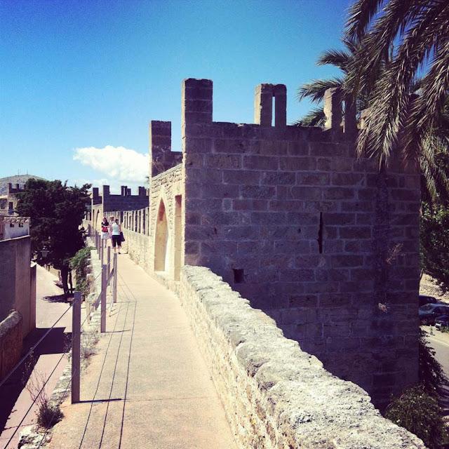 Green_Pear_Diaries_Palma_Mallorca_Alcudia_Alexandra-Proaño