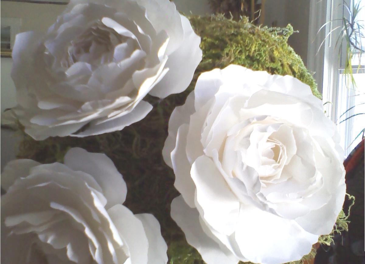 Omg my diy wedding paper flower topiary project begins paper flower topiary project begins mightylinksfo